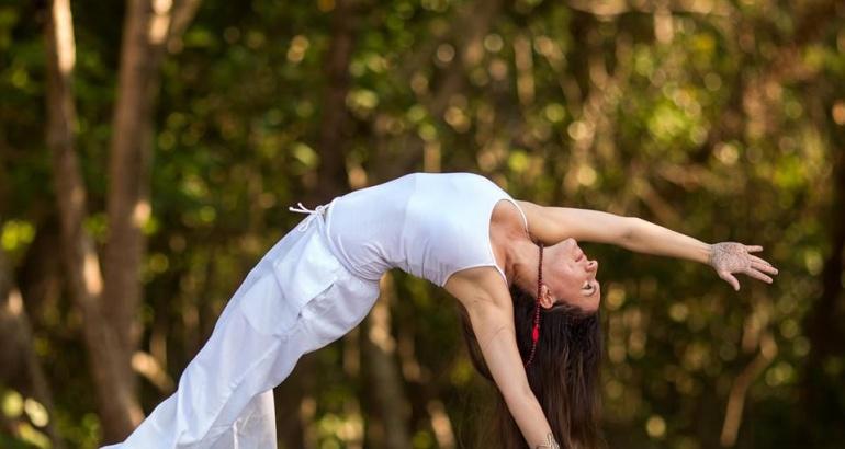 Yoga en el mar: Atrévase a relajarse sobre una tabla