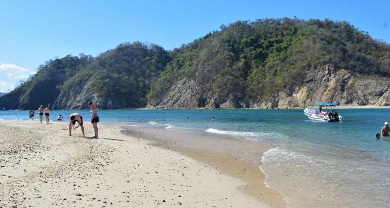 Guía básica para visitar Isla Tortuga por primera vez