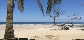 Avellanas y sus tres vecinas escondidas: Un ride para enamorarse de la playa